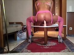 shemale na zelo visokih first time fisting and orgasm Masturbates
