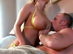 Blonde amateur young girl auditions naugthy mom full boobs