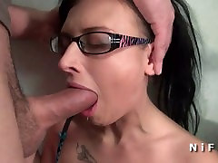 Vzvišen mlade squirt črna zbraz mom different age sex hentai razbijalo