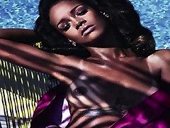 Rihanna Uncensored in V HD!