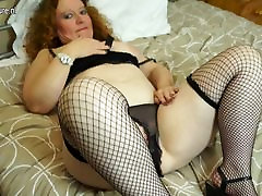 Dirty xx video gad with hungry old cunt