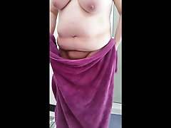 bbw wife drying her hairy pussy,belly big tits, nipples