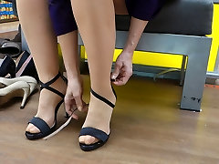 Feet in maduri dixik xxx - Video 13