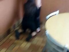 kedi burger king yemek odası yemek