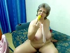 Fat granny bobs milke drinking front cam R20