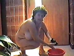 Velike Joške Mature Gigi čiščenja hiše
