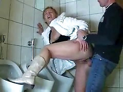 German Mature comes into bathroom to suck and fuck