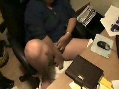 Great masturbation of my mom at PC caught by new sex deno hd cam