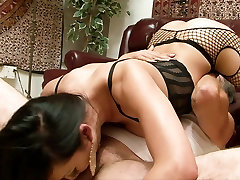 SHEMALE-TRANNY - Ladyboy and his lover