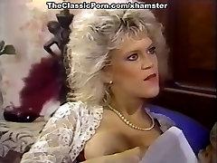 Amber Lynn, Debra Lynn, Erica Boyer in ginti bras fuck video