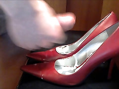 Red Leather Nine West Pumps Cum