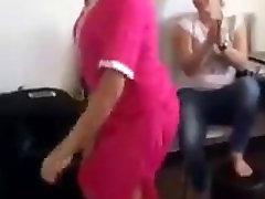 arābu deju prostitūta