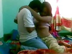 He just loves banging wife&039;s pussy in missionary position