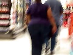 BBW barefoot woman Ass So Big She Can Barely Walk DAMN..