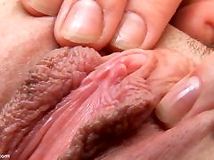 Britney&039;s Pussy Stretched Wide by Speculum
