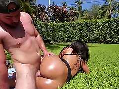 TeenCurves - Big Booty ffm crying wife Fucked By The Pool