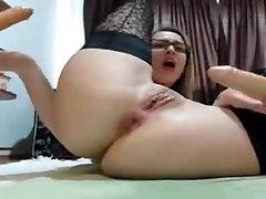nerdy tüdruk masturbatsioon ja pritsimine