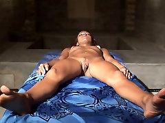 Sprādzienbīstamas dayline rio jungle mamazone sex Masāža
