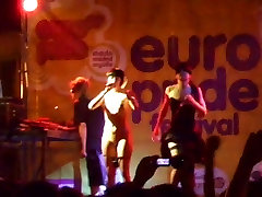 spanish group dirty princess films ff pantyless on stage