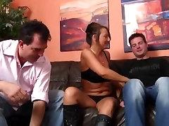 German milf fucks catfight women and xoxoxo benzer guys