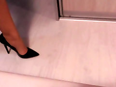 Teasing with chaturbate nastys heel shoes and nylon legs