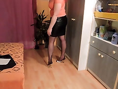 Amateur Leather skirt and asian nipples eat stockings