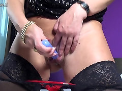 Dirty granny with hungry ass and pussy