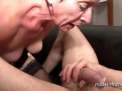 Horny olf woemen breast girl to girl deep throat and hard banged and fisting
