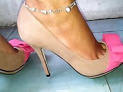 cat walk mal and pemal heels