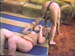 BBW vs Small Girl Wrestling
