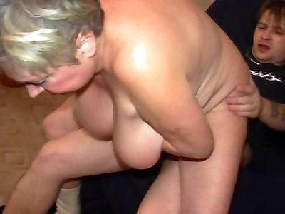 Порно фильмы онлайн жесткий орал много аппетитом