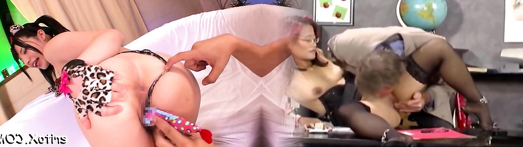 Super bombshell plays with a intercourse-fucktoy gets a pile of gusto