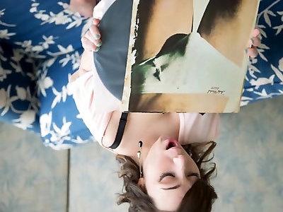 Jemma Suicide - Little Dancer Slideshow - Spectacular Dwarf Lady