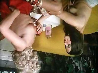 Tina Russell, Georgina Spelvin, Teri Easterni in antique fuck-a-thon movie