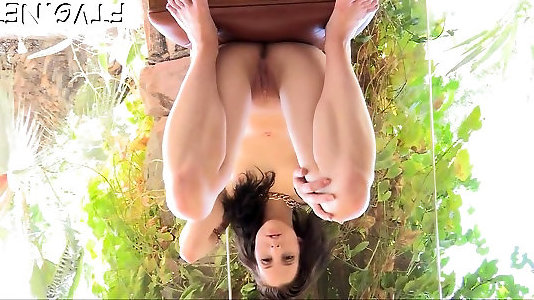 Hottie plays with fuckfest-plaything