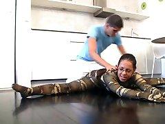 flexi spandex gymnast likes kamasutra sex