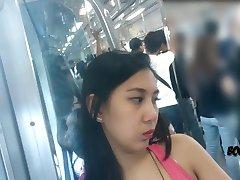 boso upskirt downblouse