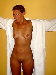 Real sexy mature mom having fun