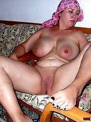 MILF amateur wives are sexy