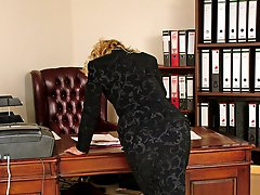 Vicky loves to wear her gorgeous high heels to impress her boss at work