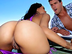 Amazing hot big badunkadunk black babe gets her pussy fucked hard at the pool masterbating in...