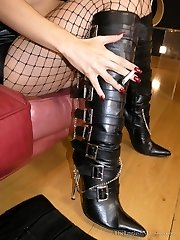 Voyeurism At Her Boots