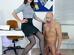 Leg Show & Tell