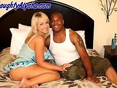 Pornstar Alysha vacuum pumps her pussy and fucks a fan