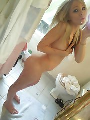 Kinky teen strips naked while camwhoring