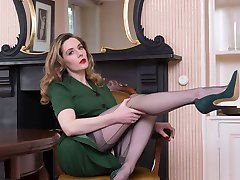 Miss Bentley, she needs an assistant to worship her in her fully fashioned nylons and 6