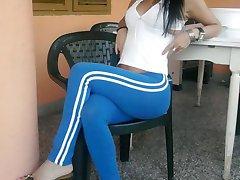 Hottie flaunts tight body in public