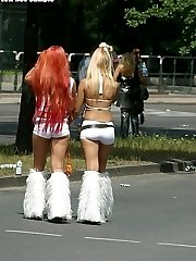 yummy party teen butts in public