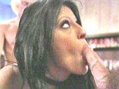Liza Harper double penetrated and pounded