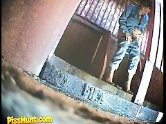 Feeds from spy cam hidden in ladies� room in park